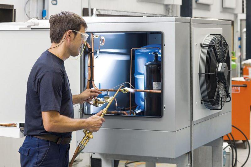 KIDE mejora sus soluciones de frío Kidepack con control y conectividad remota de Schneider Electric,