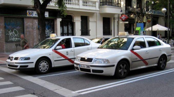 Taxistas de toda España se suman a la huelga