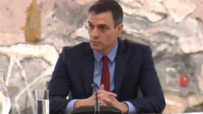 CEOE y Cepyme piden a Sánchez que no suba los impuestos,