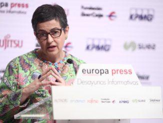 Laya admite que España no supo ver venir la pandemia, pero valora la reacción posterior,