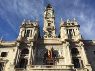 El alcalde de Valencia pide al Rey Juan Carlos que devuelva el dinero que cobró de Arabia Saudí,