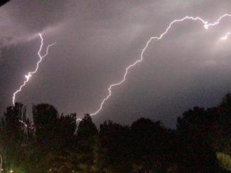 Tormentas fuertes, granizo, viento intenso y descenso de las temperaturas afectarán hoy y mañana a la Península,